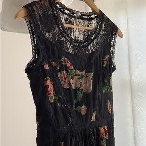 Buffalo David Bitton Dresses - Black floral dress with lace